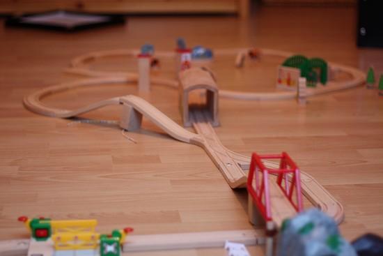 petit train en bois jouets pour enfants merci pour le chocolat. Black Bedroom Furniture Sets. Home Design Ideas