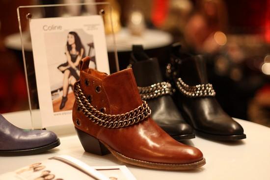 Quand les blogueuses s'en mêlent, pour André - Boots modèles Coline