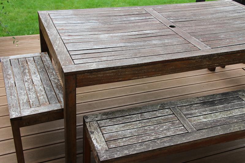 Rénover une table de jardin en bois | Merci pour le chocolat !