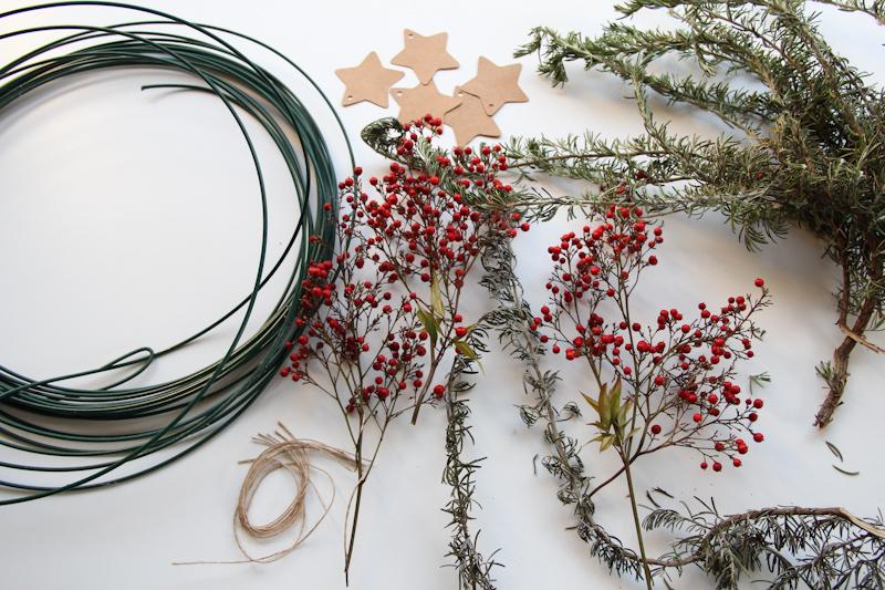 DIY couronne de Noël 100% récup (cliquez sur l'image)
