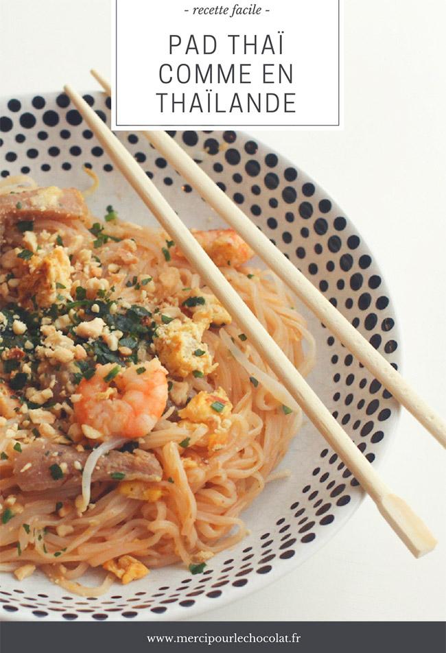 PAD THAÏ COMME EN THAÏLANDE - recette facile et authentique, apprise à Chiang Saen (via mercipourlechocolat.fr)