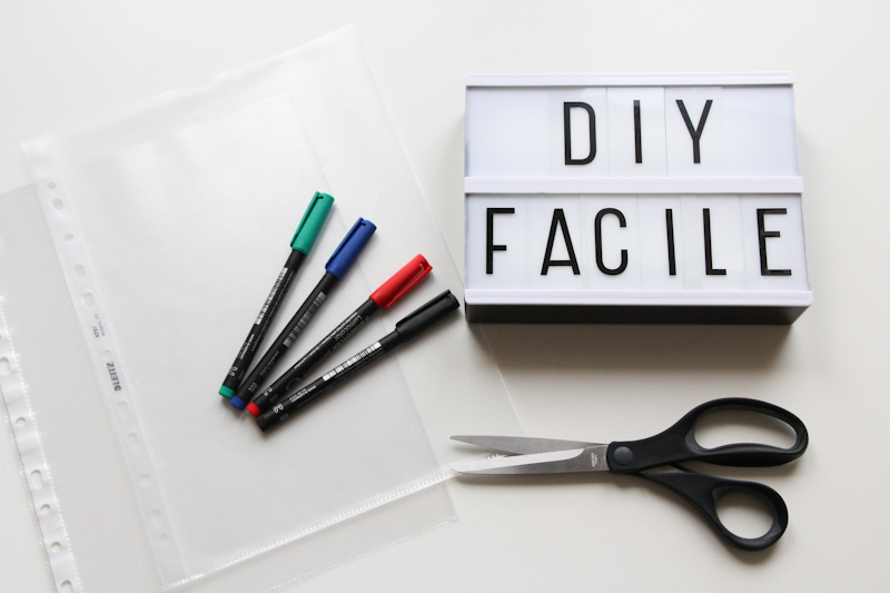 DIY - lightbox customisée (via mercipourlechocolat.fr)