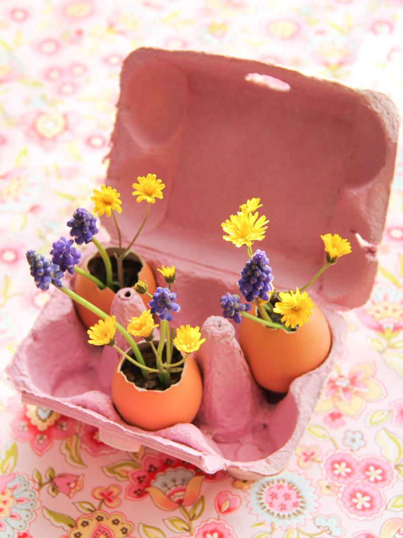 diy des ufs de p ques fleuris merci pour le chocolat. Black Bedroom Furniture Sets. Home Design Ideas