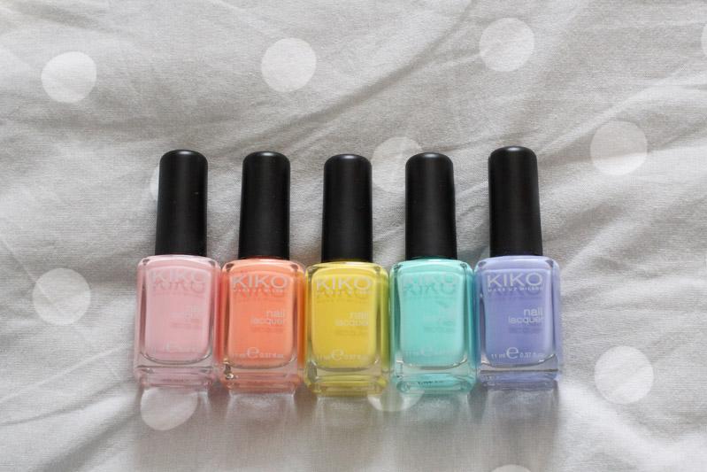 Manucure pastel arc-en-ciel #rainbow (via wonderfulbreizh.fr)
