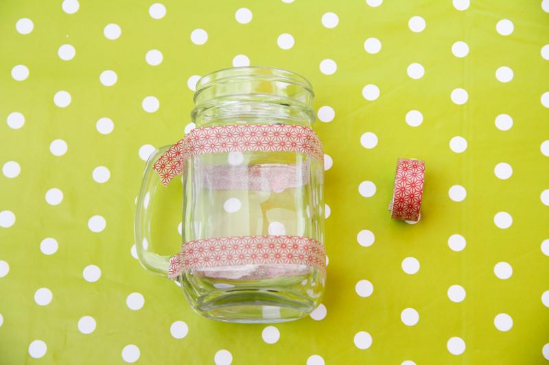 DIY cadeau pour les maîtresses : mug infuseur personnalisable (via www.wonderfulbreizh.fr)