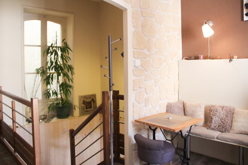 salon de thé et bar à chocolat L'Entrechoc, à Vannes (via mercipourlechocolat.fr)