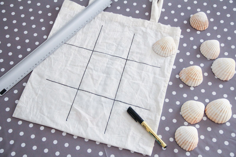 DIY jeu de morpion coquillages (via wonderfulbreizh.fr)