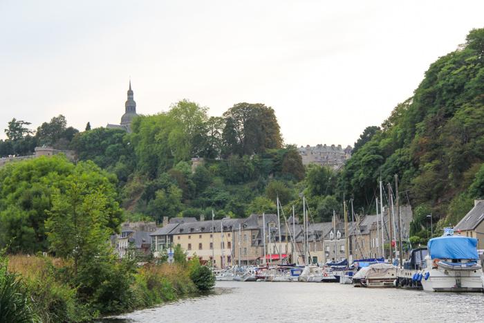 croisière sur la Rance - Dinan, Bretagne (via mercipourlechocolat.fr)