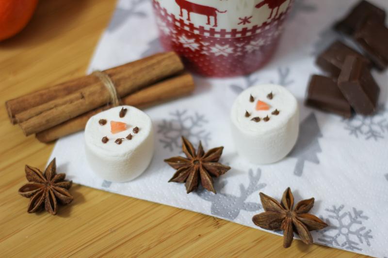 recette chocolat chaud aux épices - Noël (via wonderfulbreizh.fr)