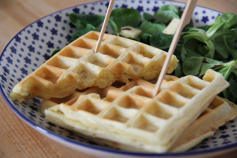 recette gaufres salées Tome de Rhuys (via mercipourlechocolat.fr)