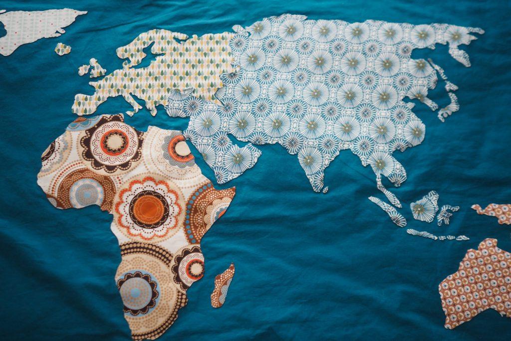 World map - carte du monde cousue main