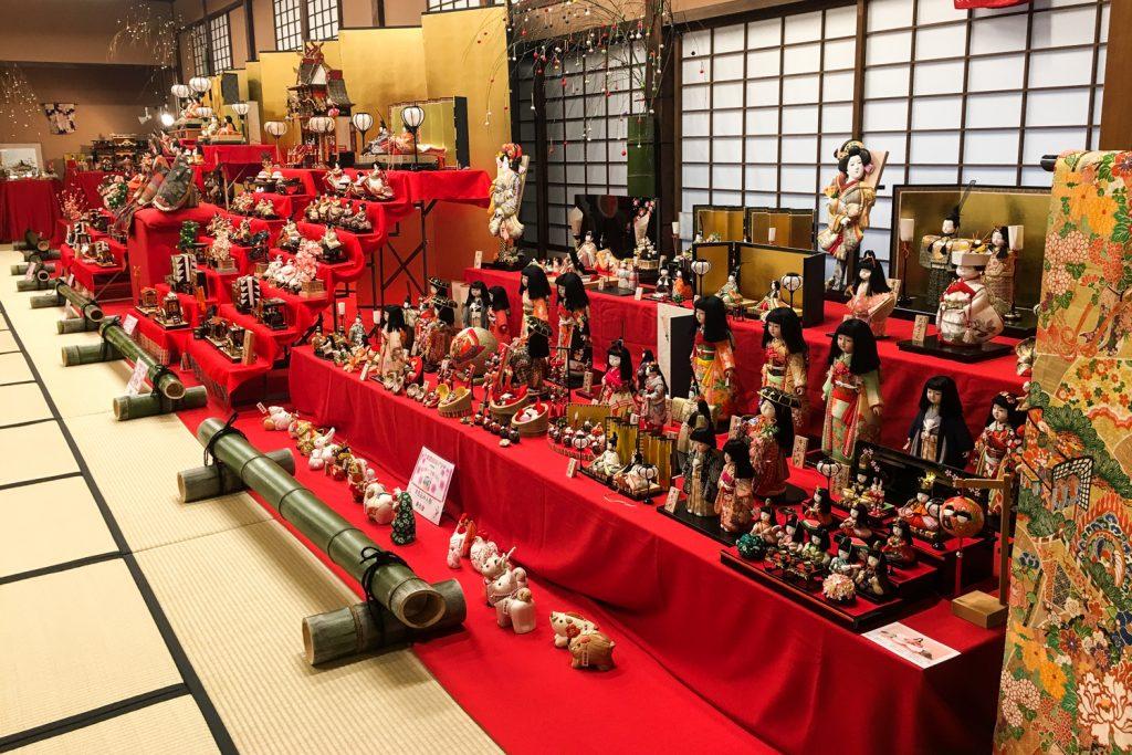 Kurashiki - fête des filles Hina Matsuri - jardin Shinkei-en (Okayama, Japon)