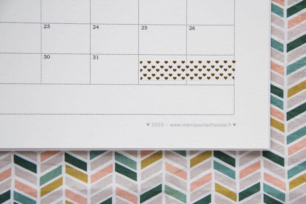 Calendrier 2020 gratuit à télécharger - tout simple à imprimer et à customiser si vous en avez envie ! - via mercipourlechocolat.fr