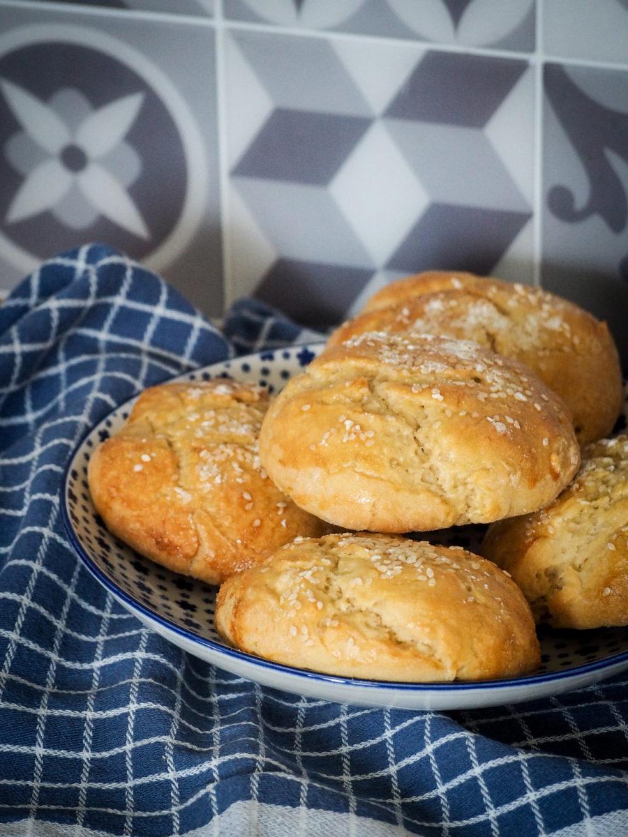 BUNS - PAINS BURGER MAISON - recette facile CookProcessor KitchenAid (via mercipourlechocolat.fr)