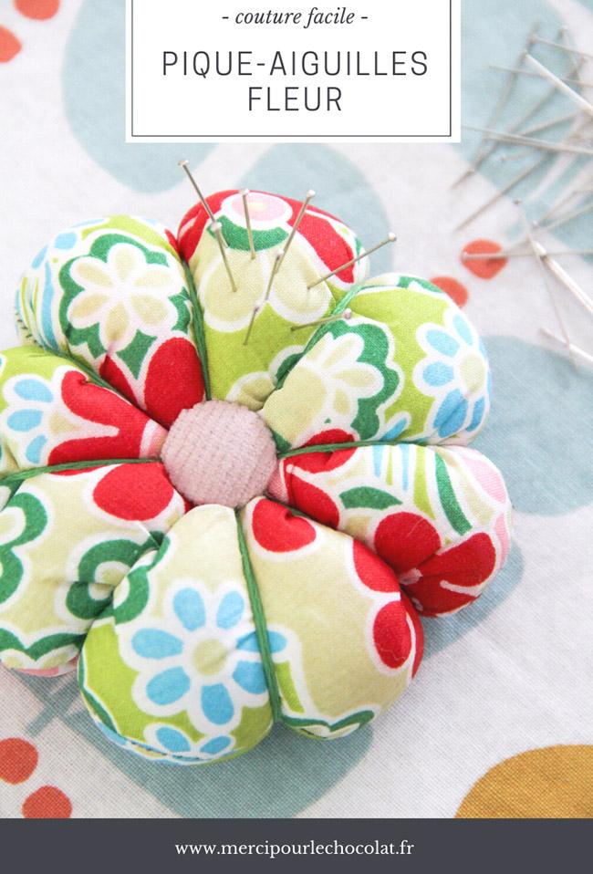 Couture facile : tuto pique-aiguilles fleur (via mercipourlechocolat.fr)
