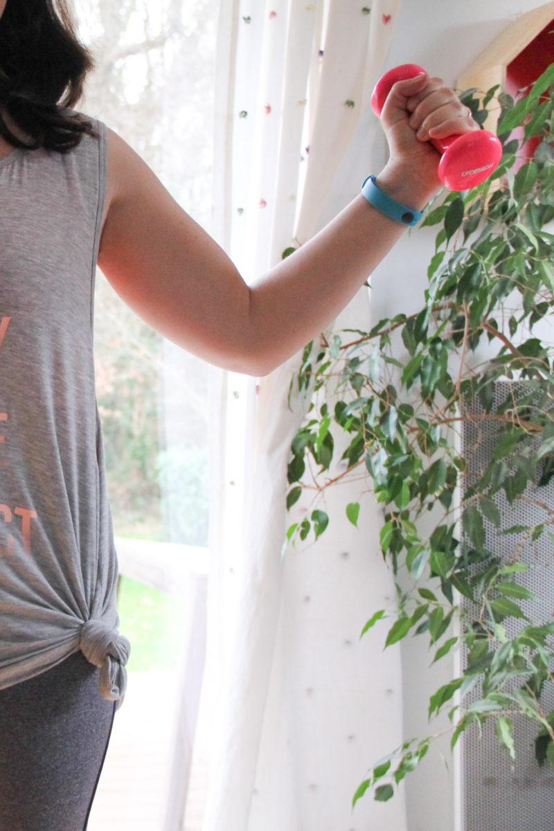 Fitness à la maison avec Sissy Mua / appli TSETrain Sweat Eat (via mercipourlechocolat.fr)