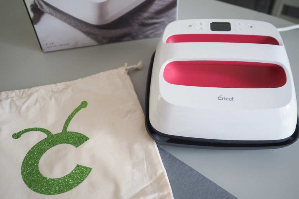 Test CRICUT MAKER et EASY PRESS 2 (via mercipourlechocolat.fr)