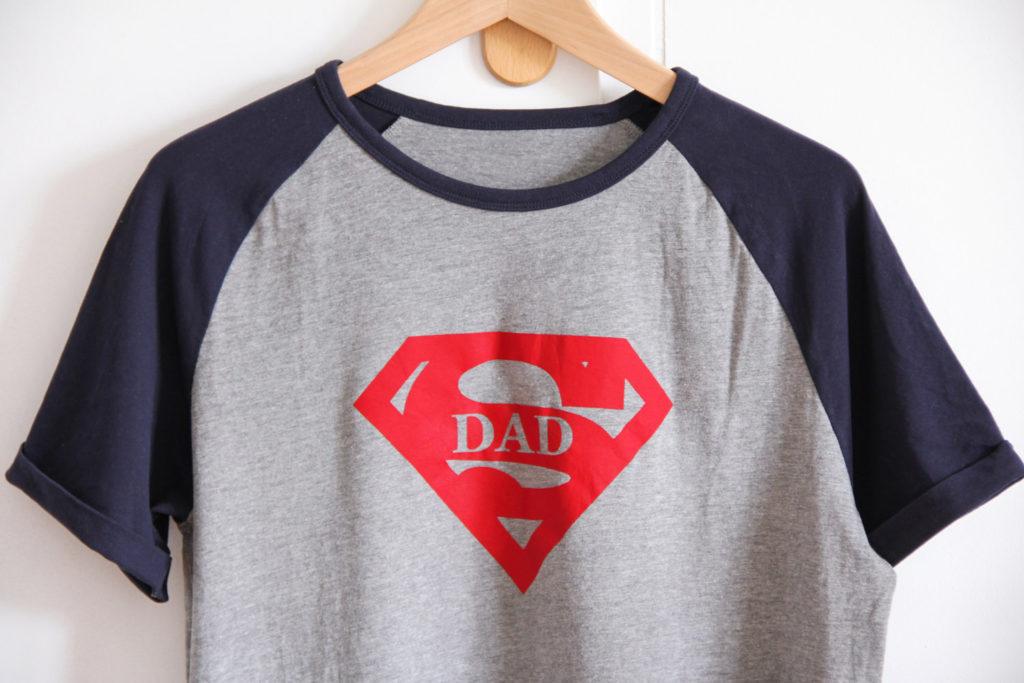 CRICUT MAKER - SUPER DAD inspiration flex tshirts (via mercipourlechocolat.fr)