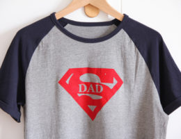 CRICUT MAKER - SUPER DAD inspiration flex tshirts (via mercipourlechocolat.fr)