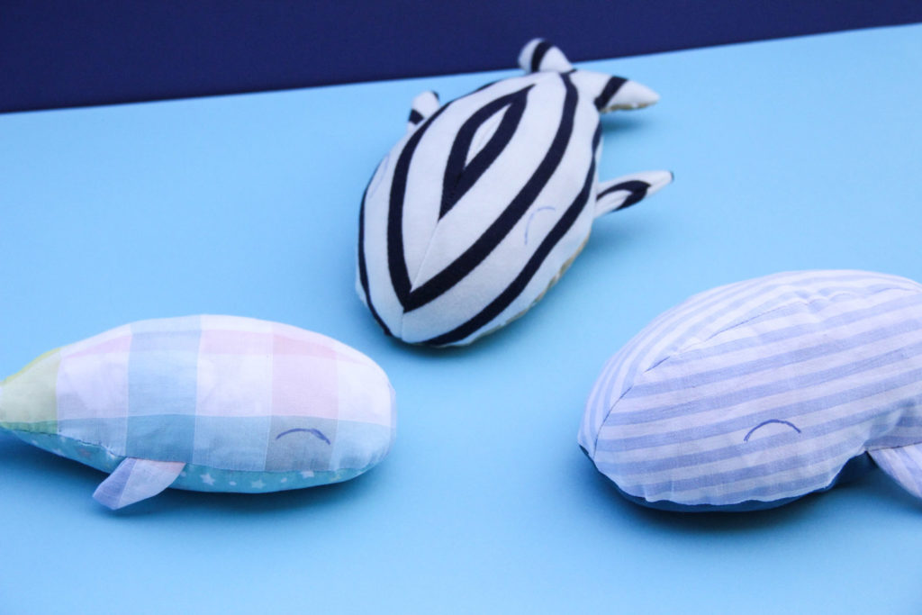 DIY - famille baleine en tissu cousu main (modèle Chouette Kit - découpe Cricut Maker)